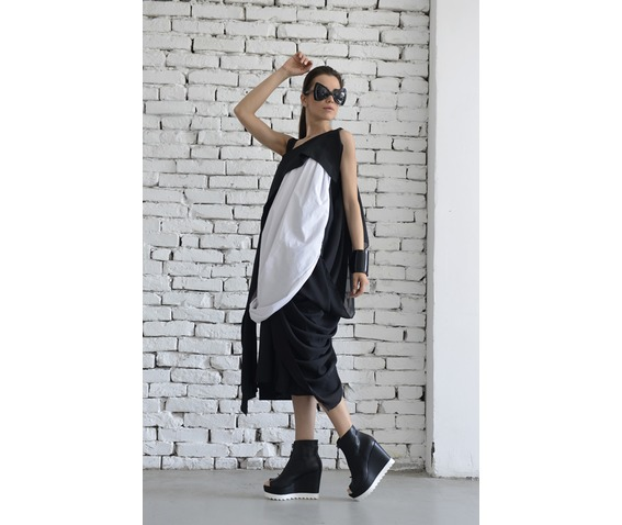 black_white_dress_maxi_dress_kaftan_draped_black_white_dress_dresses_6.jpg