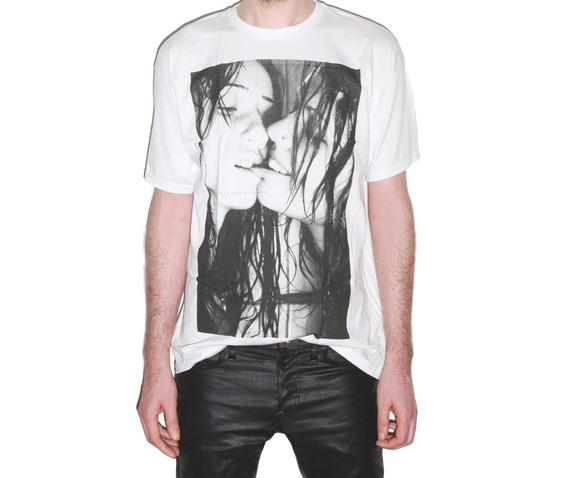 sexy_kissing_girls_punk_rock_festival_crew_neck_tee_shirt_men_white__shirts_3.jpg