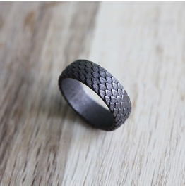 Nidhog Antic And Scaly Viking Ring Band