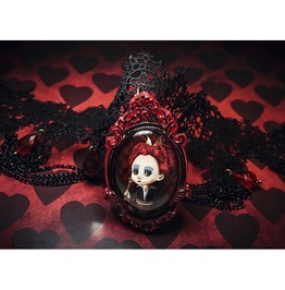 Red Queen Choker