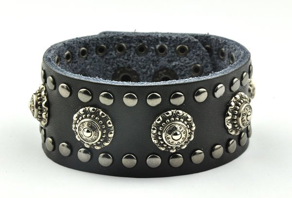 Metal works rivets skull leather bracelet 115894 for Rivets for leather jewelry