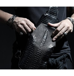 Unique Chic Black Faux Leather Crocodile Embossing Detail Sling Bag