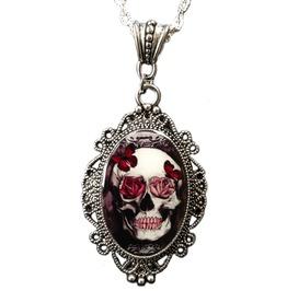 Skull & Roses Cameo