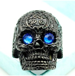 Vintage Steampunk Blue Eye Black Skull Ring