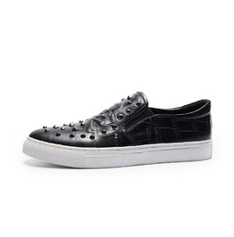 Slip On Sneaker Skull Emboss Rivets