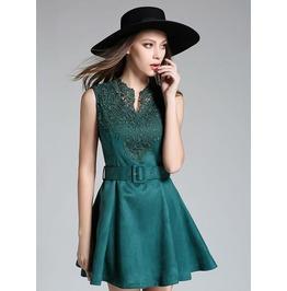 Sleeveless Emerald Green Short Lace Dress