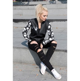 Women Skull Print Zipped Up Bomber Jacket