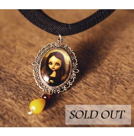 Mona Lisa Cameo Necklace