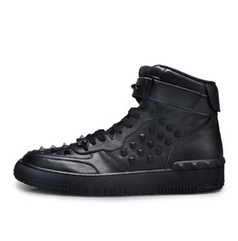 Hightop Studded Sneaker Black