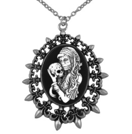Day Of The Dead Mistress With Sugar Skull Necklace In Fleur De Lis Frame