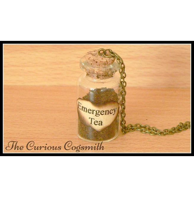 rebelsmarket_emergency_tea_bottle_necklace_necklaces_5.jpg