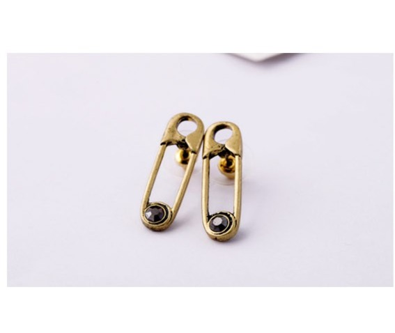 Paper Clip Shape Vintage Punk Stud Earrings_Earrings_2.jpg