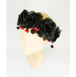 Flower Crown Garland Sttement Headpiece With Black Roses And Berries