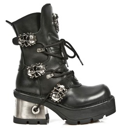 New Rock Shoes Black Leather Boots With Skull Buckles And Metal Heels