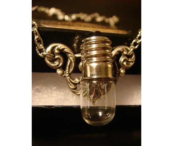 Steampunk Victorian Style Bulb Wings Necklace_Necklaces_6.JPG