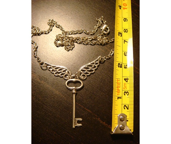 Flying Key Necklace Necklace Antique Silver_Necklaces_3.JPG
