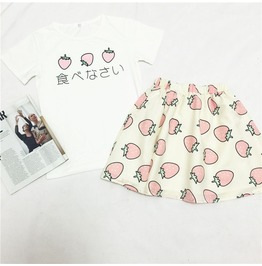 Strawberries T Shirt Or Skirt / Camiseta O Falda Fresas Wh251