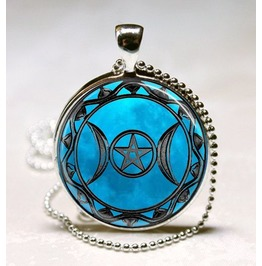 Beautiful Triple Goddess Pendant Perfect For The Wiccan Goddess Pagan
