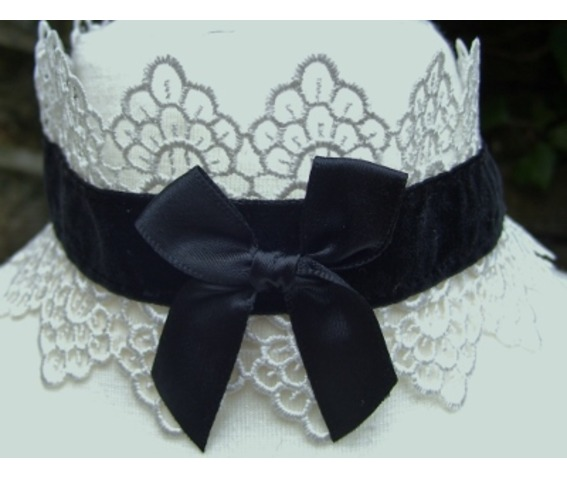 Gothic Victorian Black Velvet Lace Satin Bow Choker_Necklaces_2.jpg