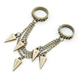 Double Ring W/ Daggers Bronze
