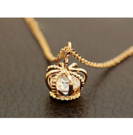 Fashion Crown Zircon Chain Necklace