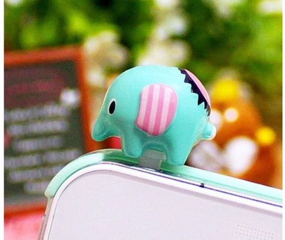 cute_elephant_cell_plug_cell_phone_cases_2.jpg