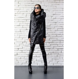 Black Sleeveless Coat/Extravagant Loose Jacket/Hooded Vest/Asymmetric Vest