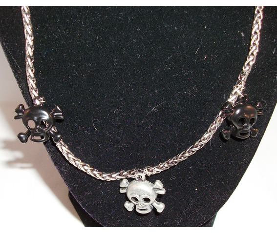 skulls_necklace_necklaces_2.jpg