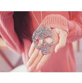 Vintage Skull Pendant Necklace