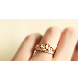 Fashion Rhinestone Crown Ring