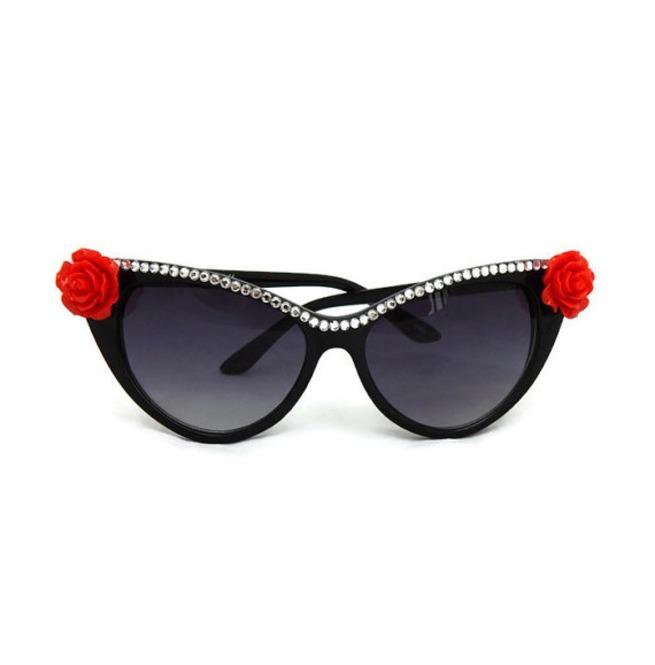 rebelsmarket_pinup_rhinestone_red_rose_retro_cat_eye_sunglasses_sunglasses_2.jpg