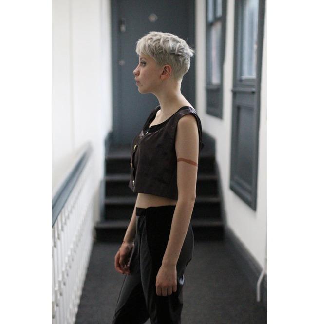 rebelsmarket_pretty_disturbia_punk_grunge_plum_black_satin_button_crop_top_t_shirts_2.jpg