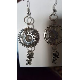 Steampunk Alice In Wonderland Earring's