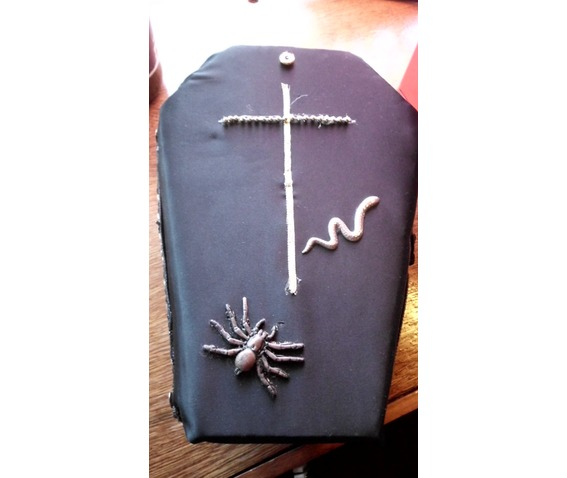 hand_made_coffin_purse_purses_and_handbags_2.JPG