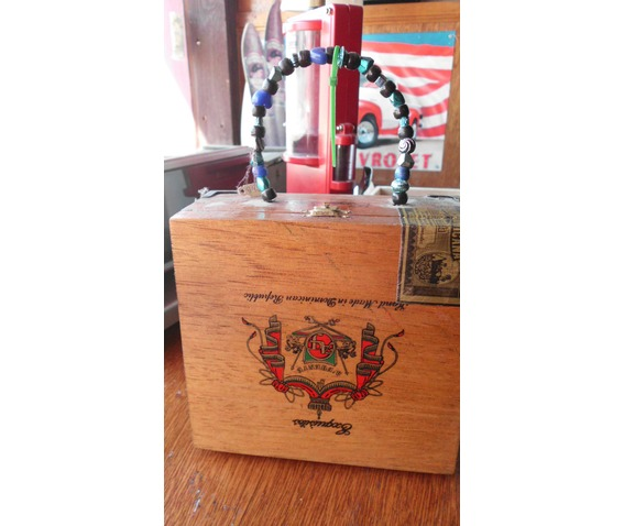 stevie_ray_vaughn_cigar_box_purse_purses_and_handbags_2.JPG