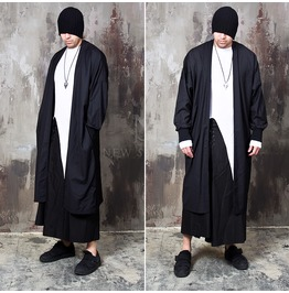 Banded Wrist Hem Black Wide Fit Long Coat 133