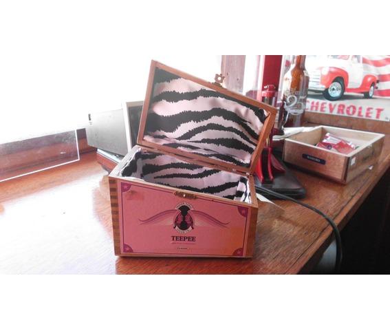 teepee_cigar_box_purse_zebra_lined_purses_and_handbags_3.JPG