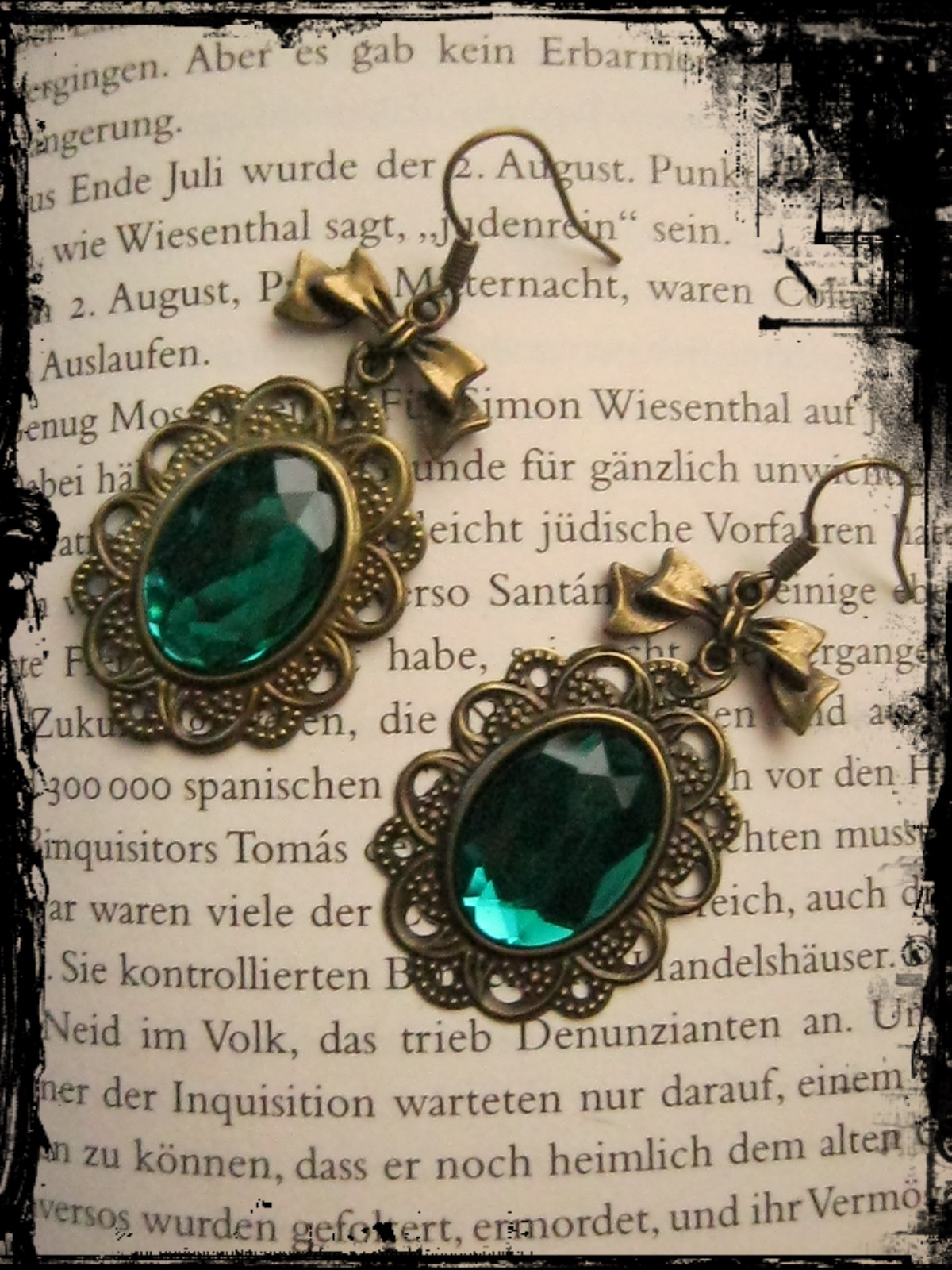 bronze_earrings_green_stone_loop_earrings_2.JPG