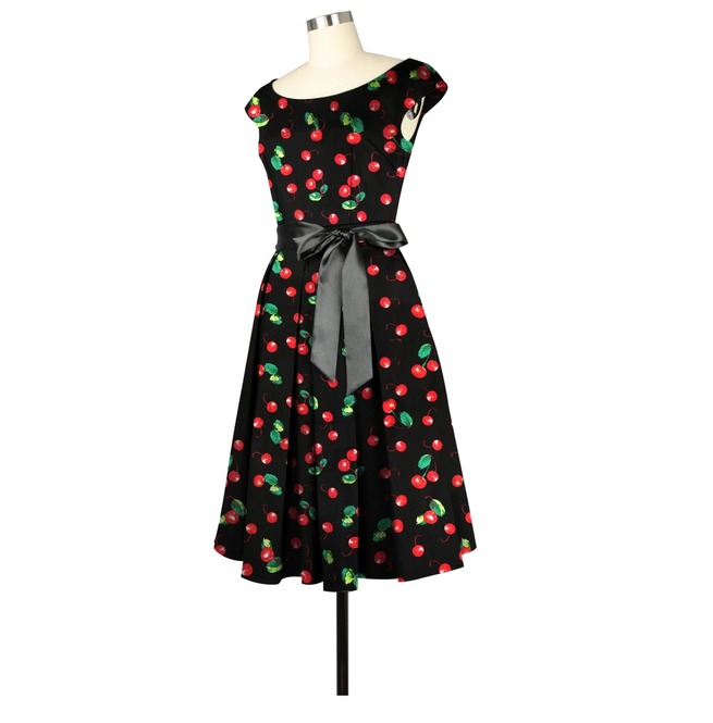 rebelsmarket_black_with_red_cherries_party_gothic_rockabilly_50s_dress_regand_plus_sizes_dresses_2.jpg