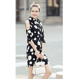 White Spots Opened Shoulder Short Dress