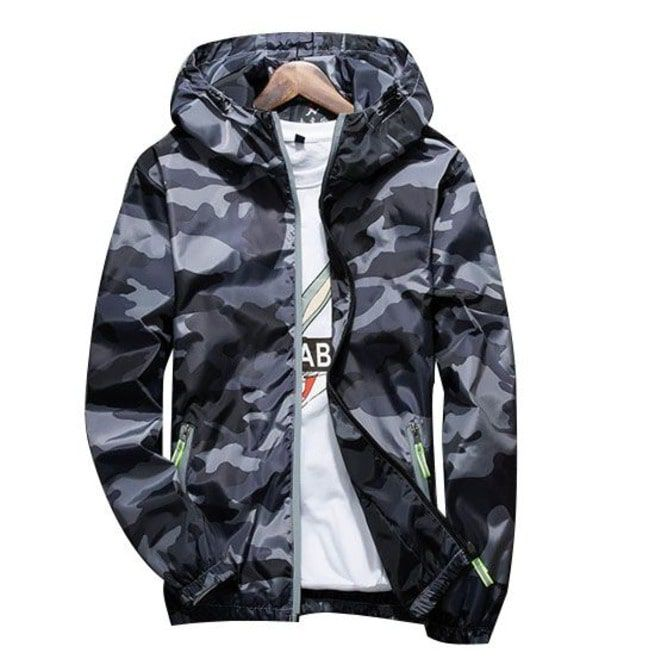 846874cc83f5 Hooded Reflective Camouflage Summer Jacket For Men