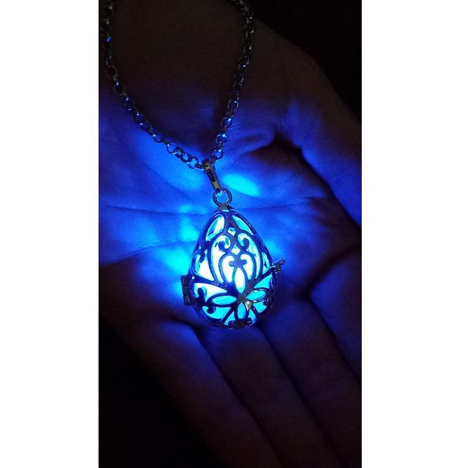 rebelsmarket_fairy_punk_jewelry_necklace_drop_locket_with_blue_glowing_orb_pendants_5.jpg