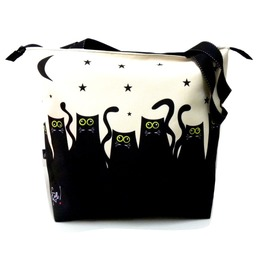 Zipped Bag With Cats