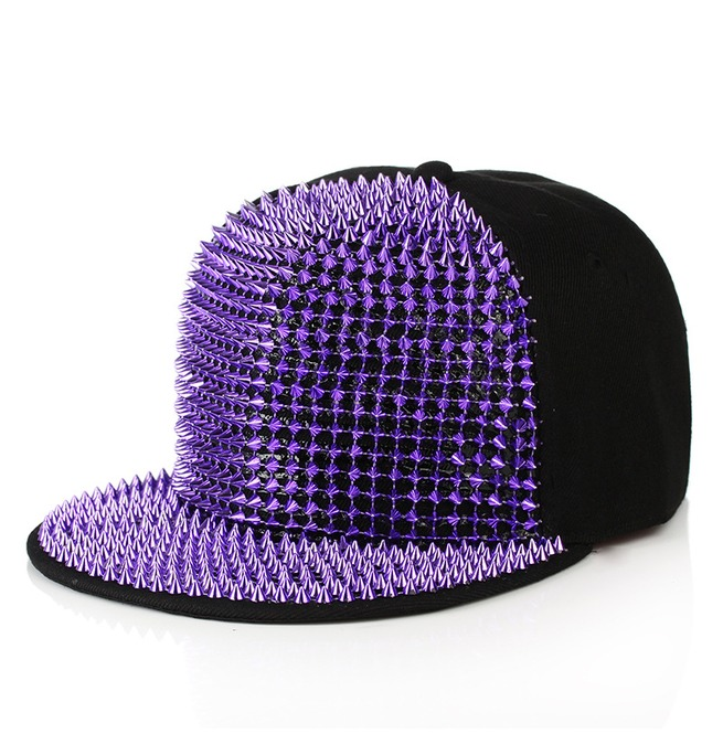 rebelsmarket_hip_hop_rivets_men_and_girl_fashion_street_cap_rocking_party_hat_hats_and_caps_4.jpg