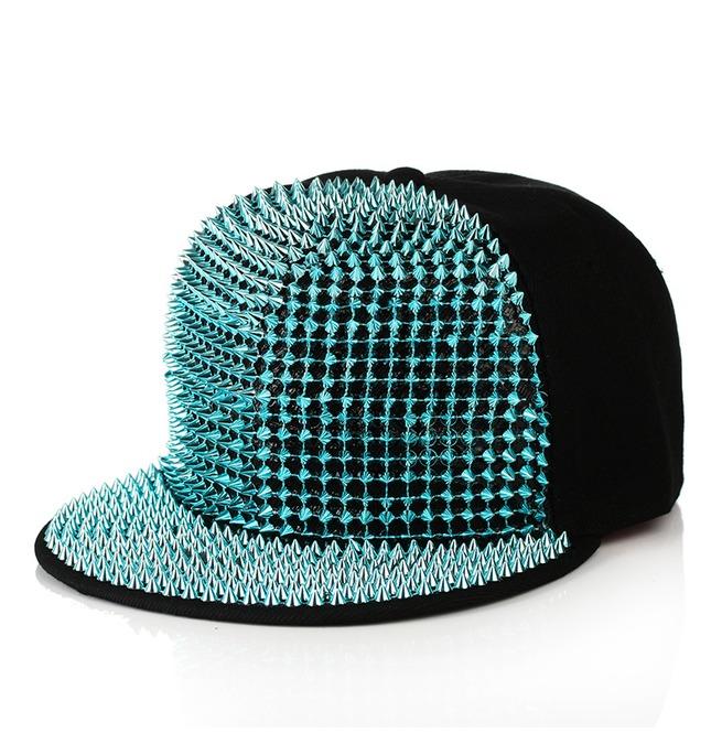rebelsmarket_hip_hop_rivets_men_and_girl_fashion_street_cap_rocking_party_hat_hats_and_caps_3.jpg
