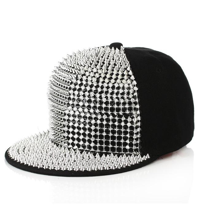 rebelsmarket_hip_hop_rivets_men_and_girl_fashion_street_cap_rocking_party_hat_hats_and_caps_2.jpg