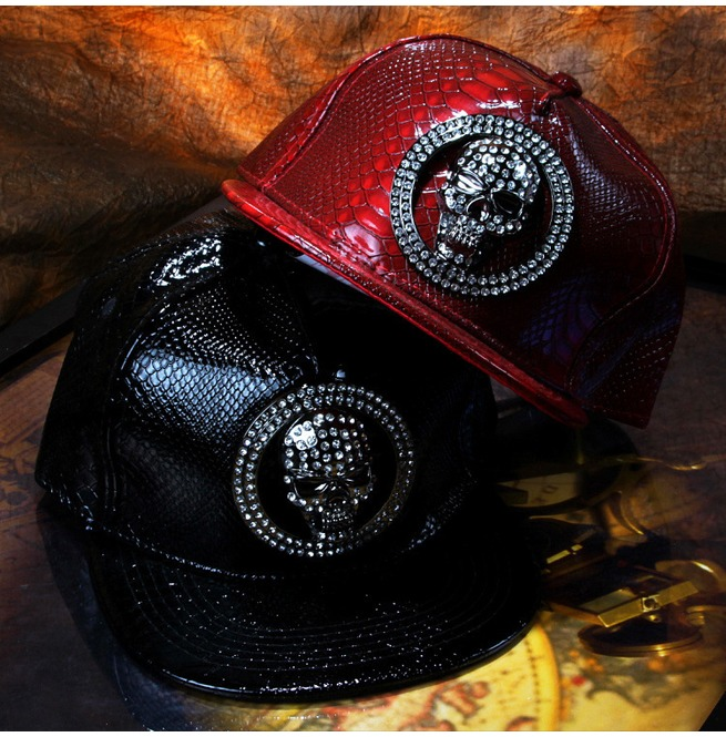 rebelsmarket_steampunk_flat_baseball_cap_skull_diamond_rivets_cortex_fashion_hip_hop_hat_hats_and_caps_3.jpg