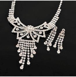 White Gold Crystal Rhinestone Butterfly Bow Tie Bridal Necklace Jewelry Set