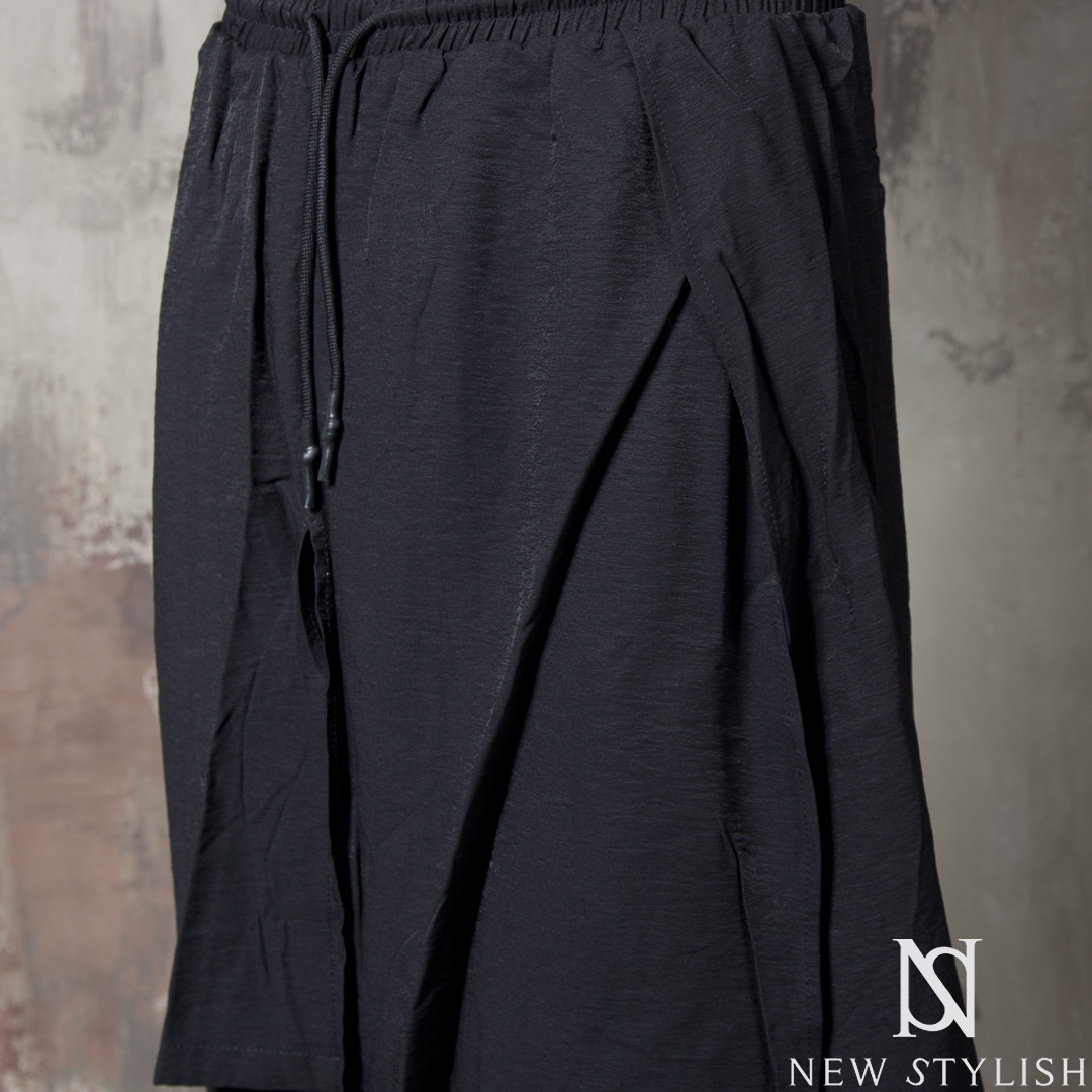 rebelsmarket_wrap_double_layered_black_drawcord_shorts_72_joggers_2.jpg