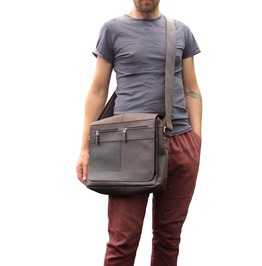 Rugged Leather Messenger Bag Crossbody Satchel School Bag Nomad3